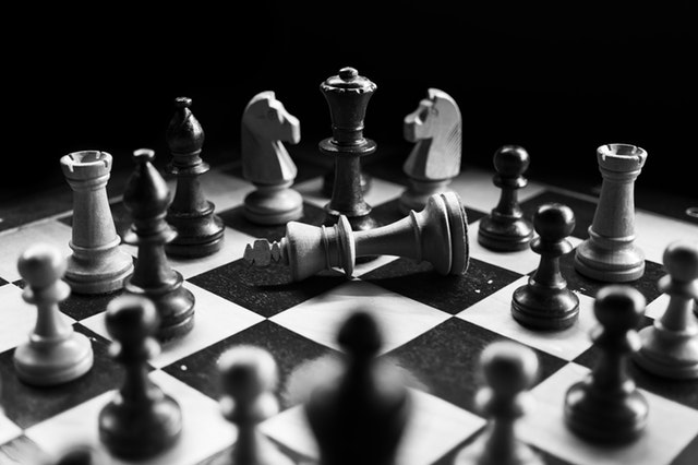 chess-checkmated-chess-pieces-black-white-957312